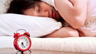 Późne chodzenie spać i wstawanie. Naukowcy sprawdzili, jaki mają wpływ na astmę i alergie