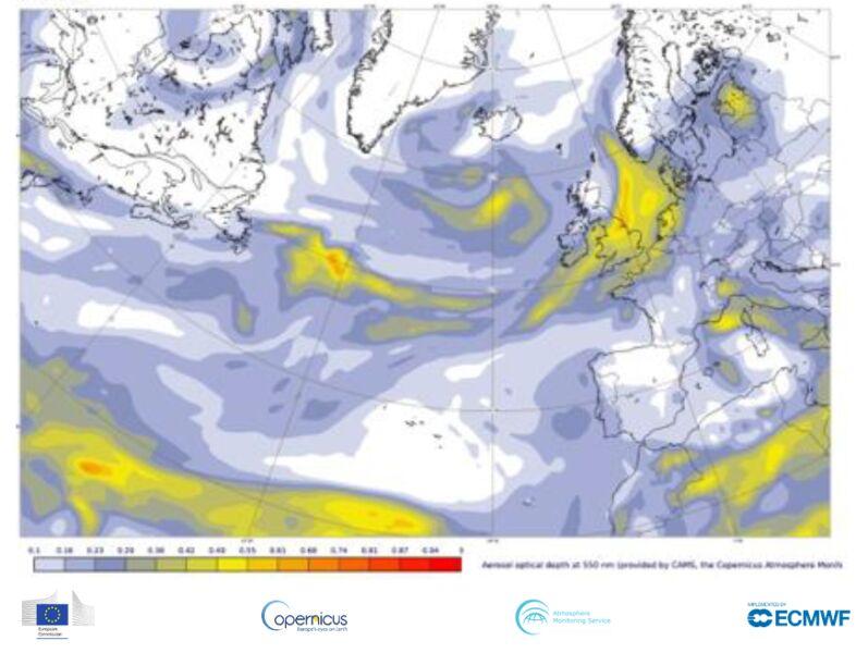 Mapa pokazuje globalną głębokość optyczną aerozolu w długości fali wynoszącej 550 nanometrów (CAMS, ECMWF)