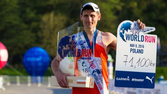 Ponad 88 km przebiegł zwycięski Włoch. <br />Polak drugi na świecie